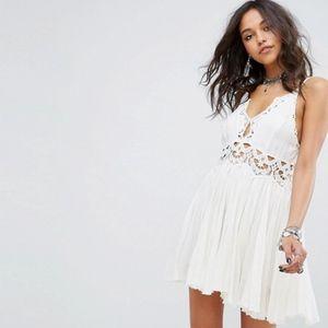 Ilektra Mini Lace Dress